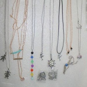 LOT OF NEW JEWELRY 20 PIECES NECKLACES BRACELETS